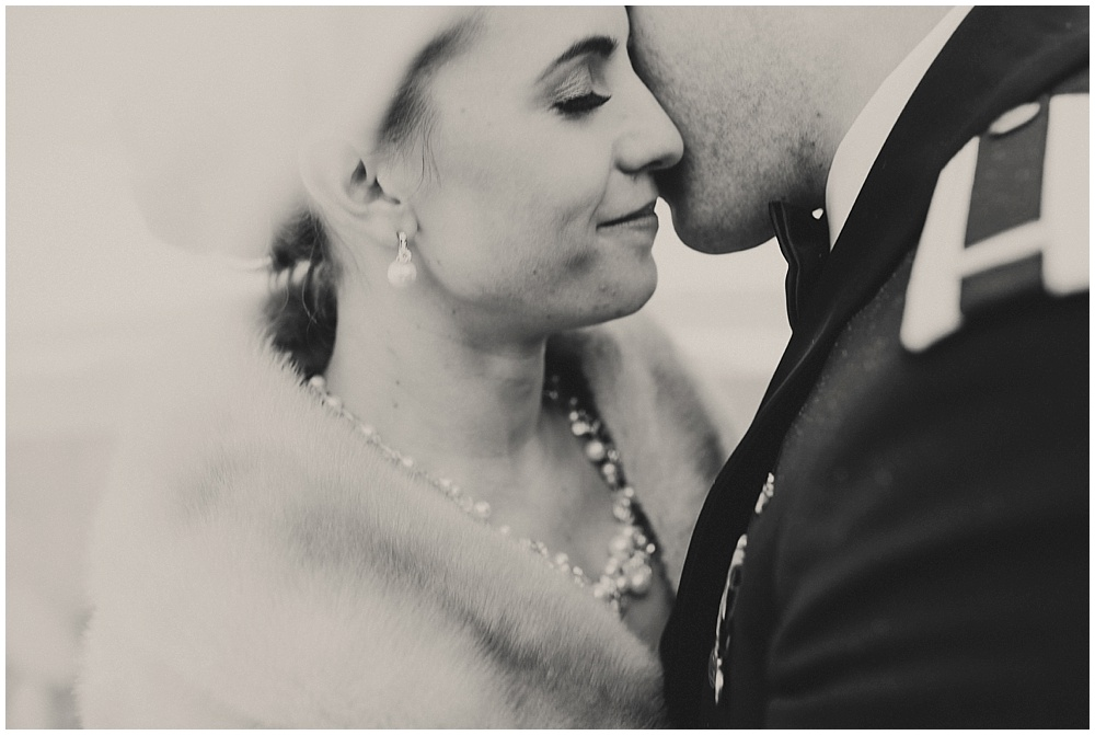 Summer-Mike-941_zach-davis-fargo-wedding-photographer.jpg