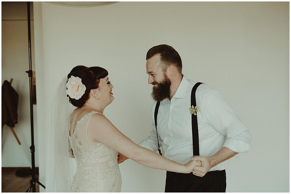 Jana-Brian-18_zach-davis-fargo-wedding-photographer.jpg