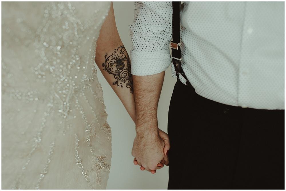 Jana-Brian-27_zach-davis-fargo-wedding-photographer.jpg