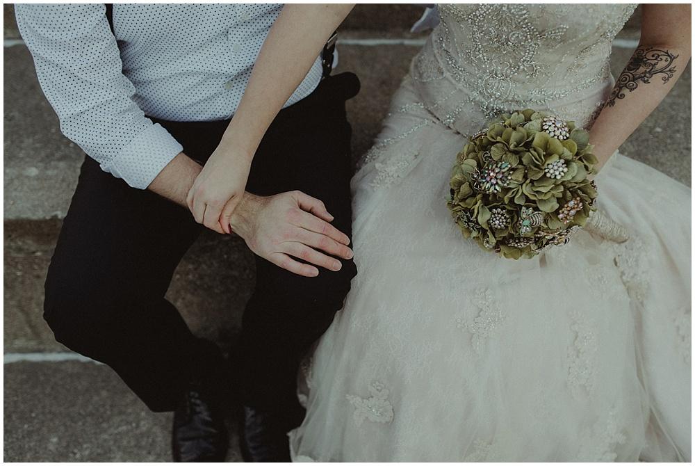 Jana-Brian-235_zach-davis-fargo-wedding-photographer.jpg