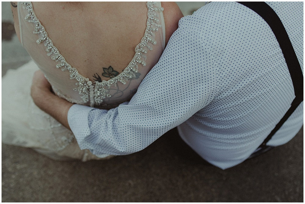 Jana-Brian-240_zach-davis-fargo-wedding-photographer.jpg