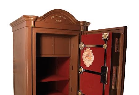 viennese jewelry safe