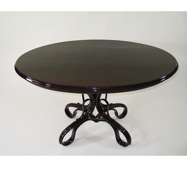 A truly timeless table    Available for purchase.