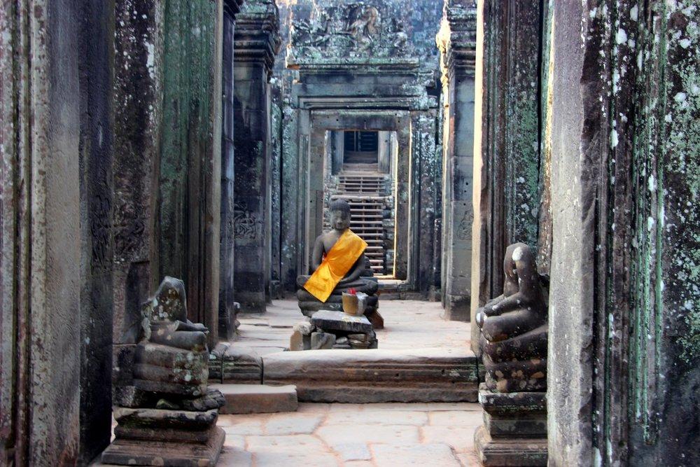 Monk Angkor Wat
