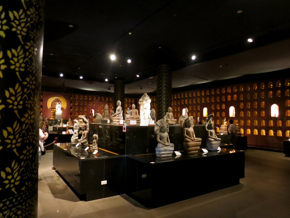 Buddha Angkor Museum