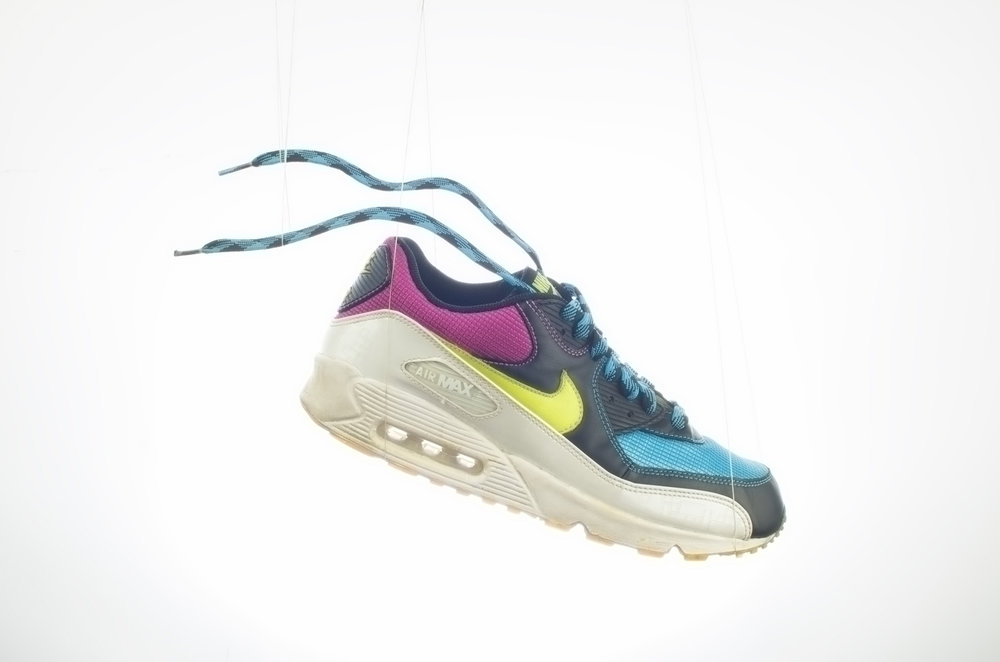 Nike-AIR_MAX_90_NEON_RETOUCH_BEFORE.jpg