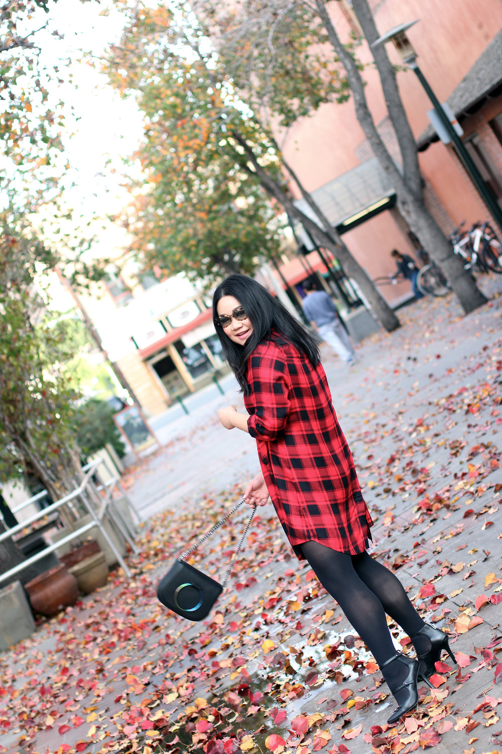 Glad About plaid -