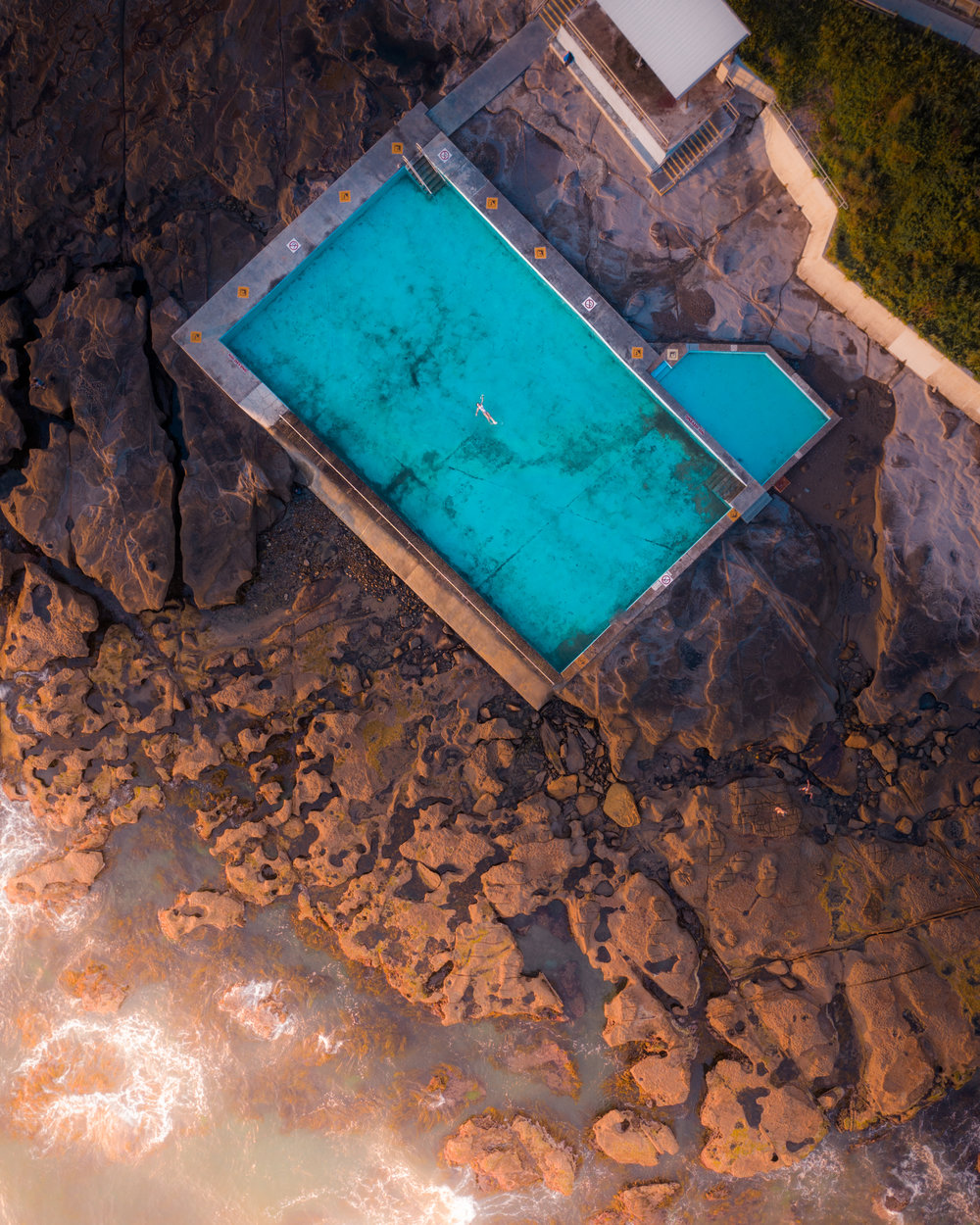 Coalcliff_pool_full.jpg