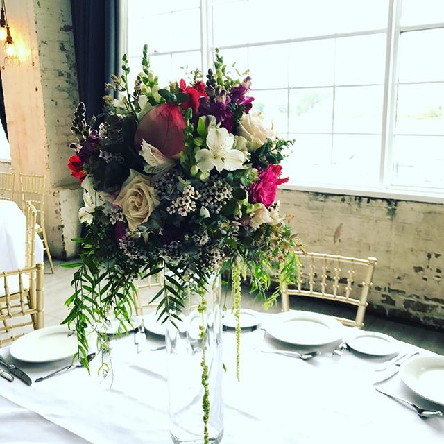 2017/18 wedding season is well underway. Here's the romantic table arrangements from this weekend's wedding @cafebirkenhead  #pink #flowers #florist #sydneyflorist #weddingflorist #sydney #wedding #weddinginspo #weddingflowers #ido #weddingreception #whimsicalwedding #vasearrangements #marycontraryfloraldesign #cafebirkenhead #sydneyweddings