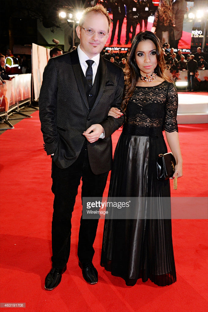 Ava Do   &   Apollo Robbins   on the   r  ed c  arpet at the p  remiere of   Focus   at London's Leicester Square