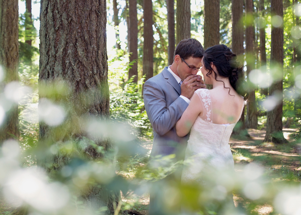 SeattleWeddingPhotographer_Seattle_bride_photography_Seattle_Weddings_Northwest_Weddings_Editorial_wedding_Photographer.jpg