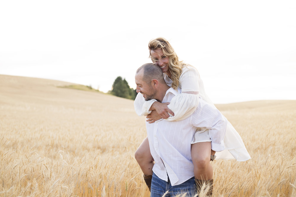 April_Michelle_Photography_Seattle_engagement_photography_Seattle_couples_Photography..jpg_2.jpg