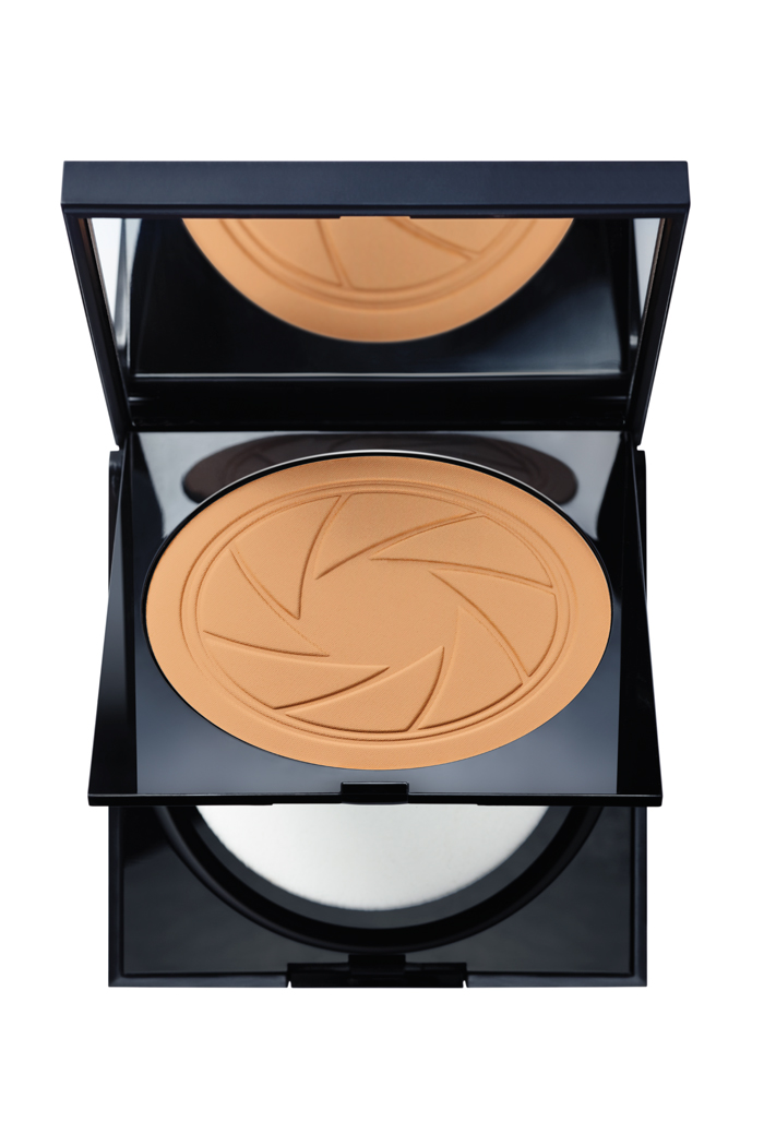 Smashbox Photo Filter Creamy Powder Foundation, $48, at Shoppers Drug Mart, Pharmaprix, Murale and Sephora
