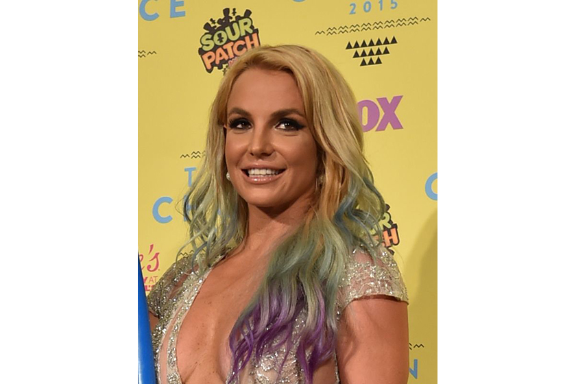 A rainbow-haired Britney Spears at the 2015 Teen Choice Awards (Photo: Variety/REX USA)