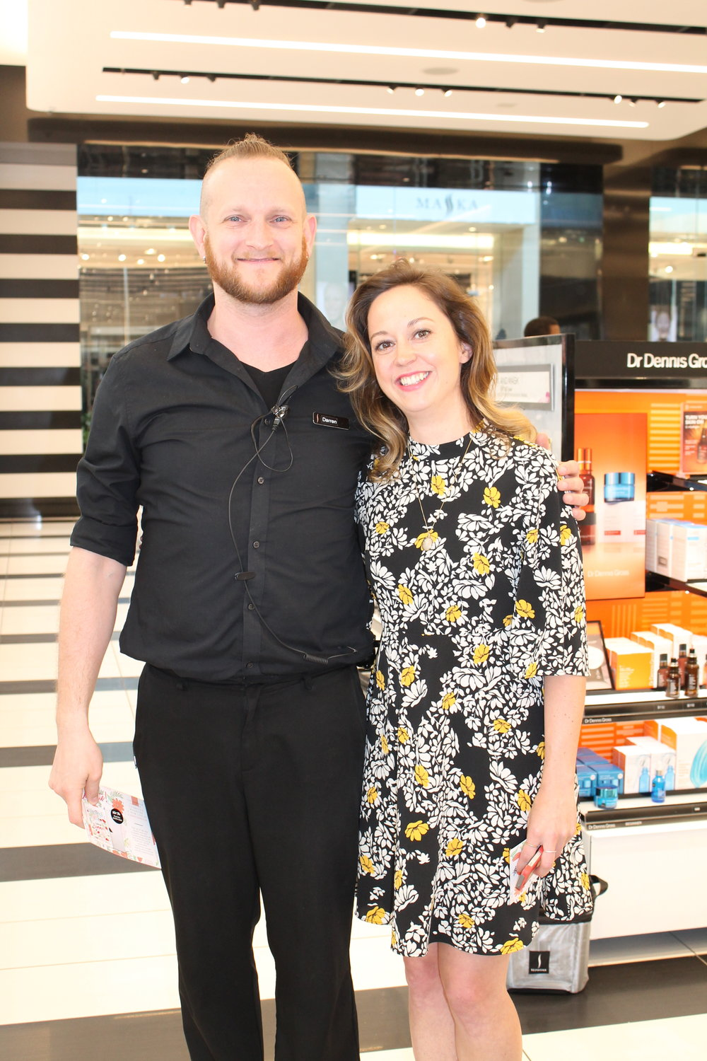 Alex Laws gets the scoop from Darren at Sephora Yorkdale.