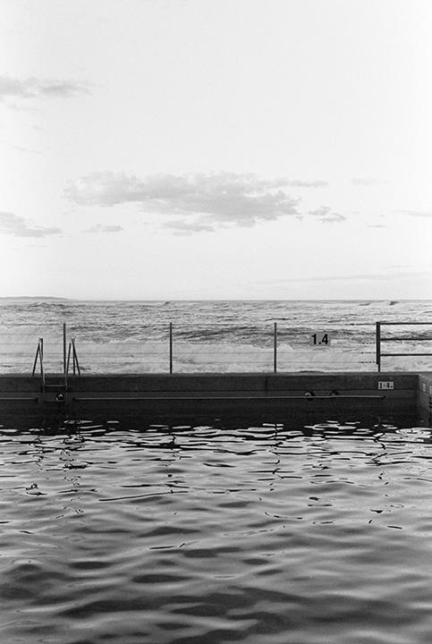 Sarah_Robertson_EntranceSwimmingPool_001-RE.jpg