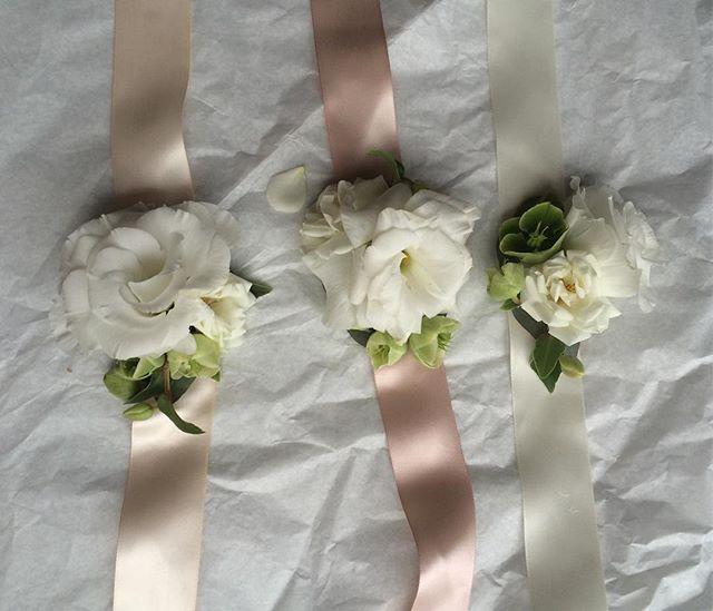 ✊🏼✊🏾✊🌈😘 #blossomandwild #wristcorsage #solidarity #equalityforeveryone #ichooselove