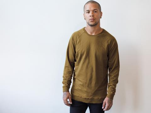 Raglan sweater Cor Bronze $109   Also Gold, Black, Royal, Salmon, Storm , Teal , Black  Made from 100% Cotton.