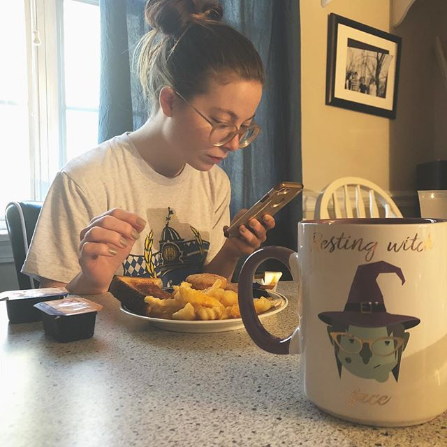Veggie nugs, crinkle fries, coffee, and Zax sauce for breakfast. The Christi Wright way to start the day. #pro #restingwitchface . . . . #embrace #yourself #breakfast #of #champions #enjoy #ya #friday #veggies #mushroom #nugs #tastes #likethe #real #thing #fries #coffee #sauce #yes #musicians #eat #the #best #bandlife #haveagoodday