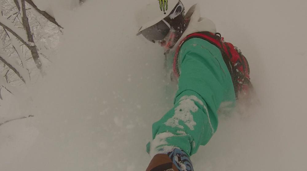 ben_epicsnow_powder_deep_selfie_snowboarding