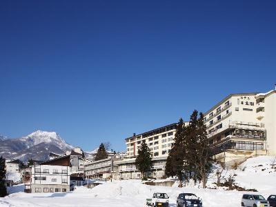 Hotel Taico - From 8900Y a night plus breakfast.Only a 7-minute walk from Akakura Ski Resort, Hotel Taiko features indoor and outdoor public hot spring baths