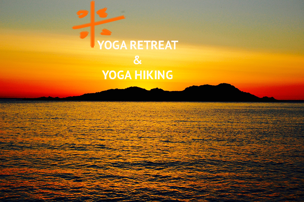 Yoga retreat & yoga hiking.jpg