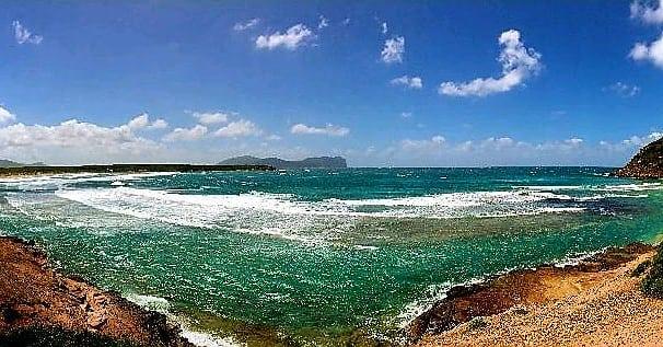 We are ready for summer 2018🙌🏼 #sea #sardinia #italy #travelguide #sardegnaofficial #waves #bestplacesinitaly #nature #panorama #vacation #holiday #hiking #visititaly #smallgrouptours