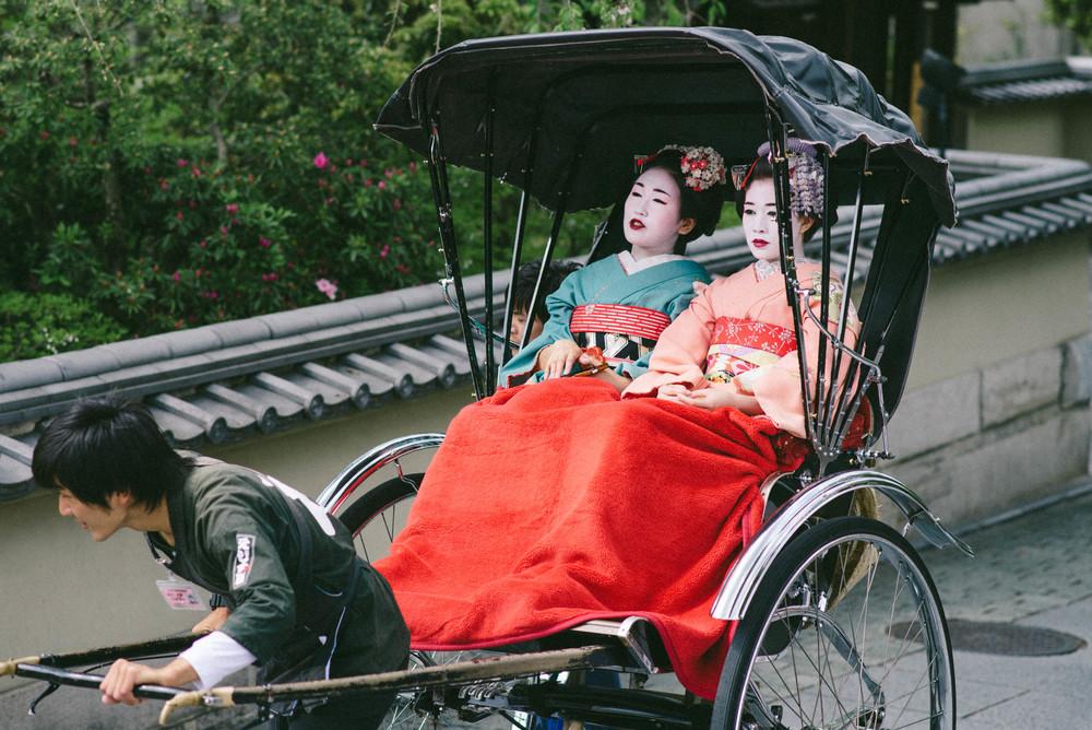 geishas-kyoto