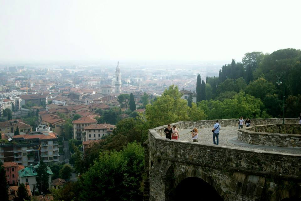 """<strong>BERGAMO</strong><a href=""""/bergamo-travel-guide"""">ITALY »<a>"""