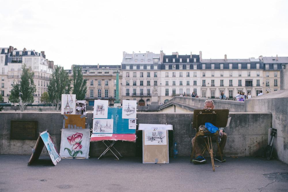 "<strong>paris</strong><a href=""/paris-travel-guide"">FRANCE »<a>"