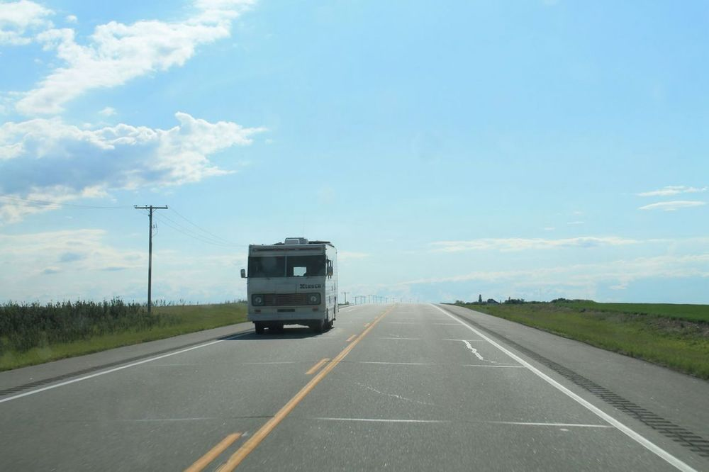 On the Road, SK, CA