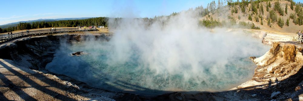 Excelsior Geyser, Midway Geyser Basin, Yellowstone National Park, WY, USA
