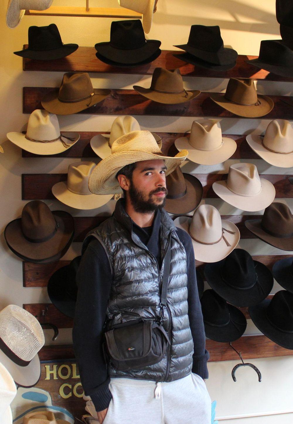 Moment shopping Cowboy pour Romain, Panama pour Hélène, Jackson, WY, USA