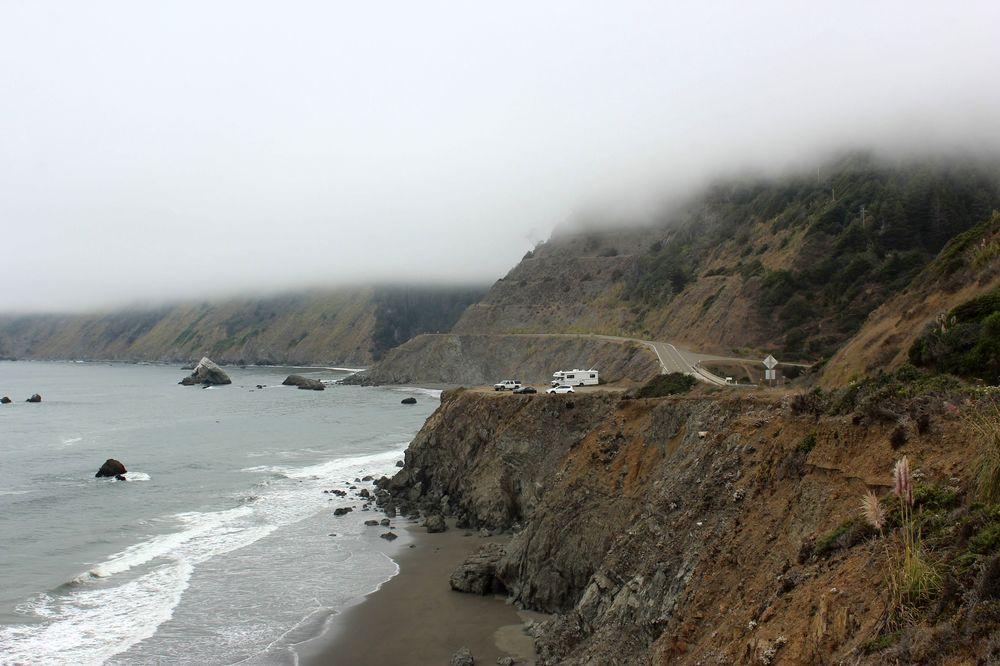 La Fog sur la Route 1, CA, USA