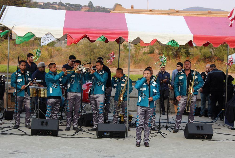 Groupe de mariachis à la fête mexicaine à Napa, CA, USA