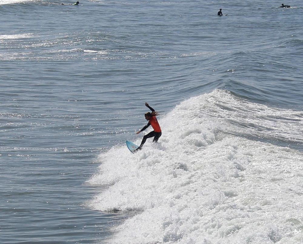 Surfeur à Prismo Beach, CA, USA
