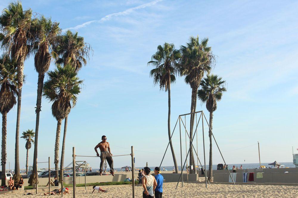 Sur la plage de Venice Beach, CA, USA