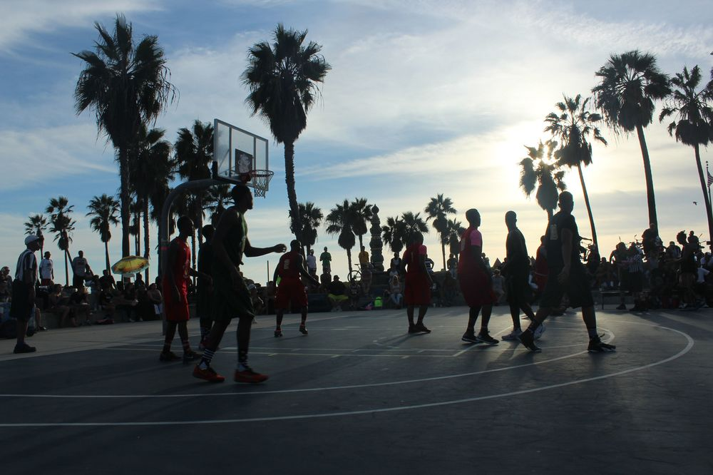 Match de basket, Venice Beach, CA, USA