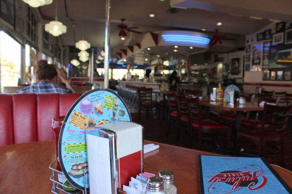 Galaxy Diner, Route 66, Flagstaff, Arizona, USA