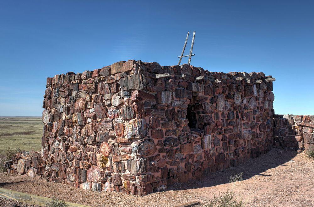 Maison en arbres pétrifiés, Petrified Forest National Park, Arizona, USA