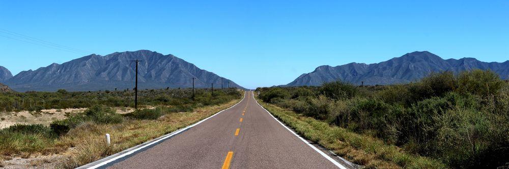 On the road, Durango, Mexique