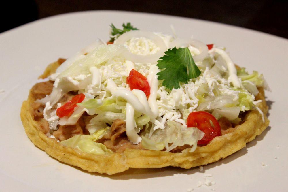 Sope, Restaurant la Loteria, Torreón, Coahuila, Mexique