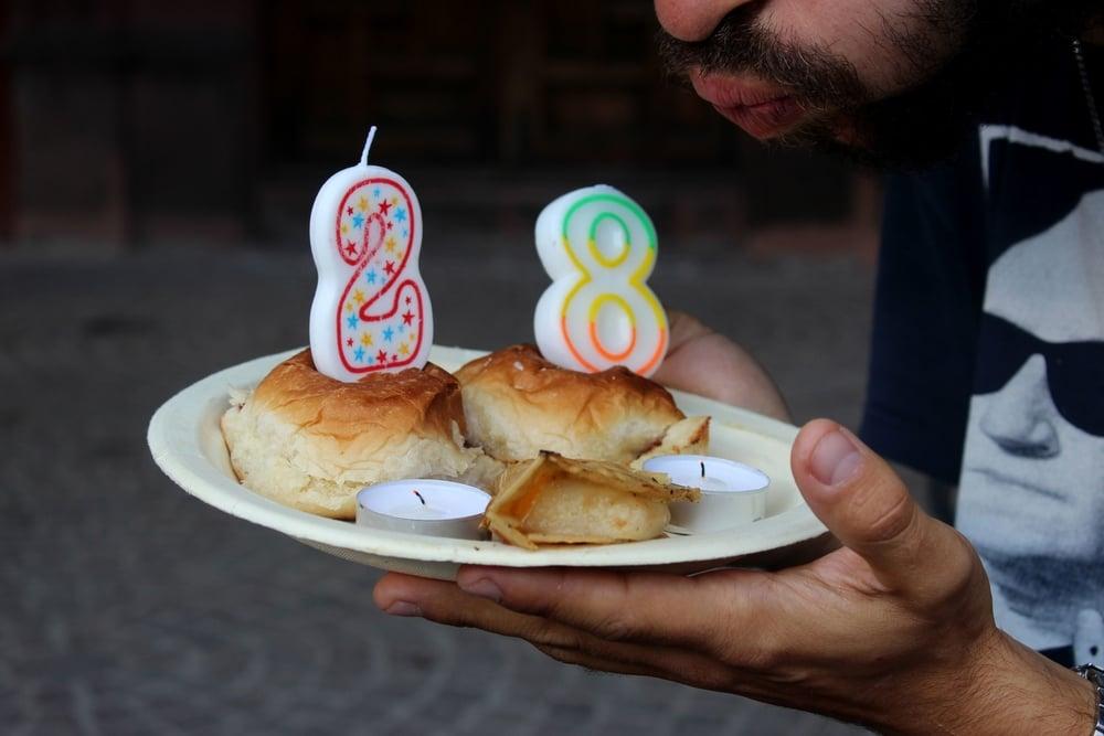 Un vrai petit déjeuner d'anniversaire à San Miguel de Allende, Guanajuato, Mexique