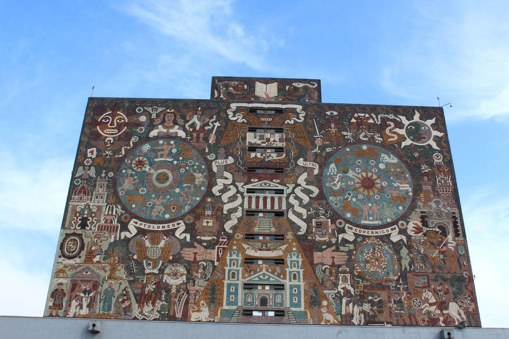 Façade de la bibliothèque principale de l'université nationale, Mexico City, D.F, Mexique