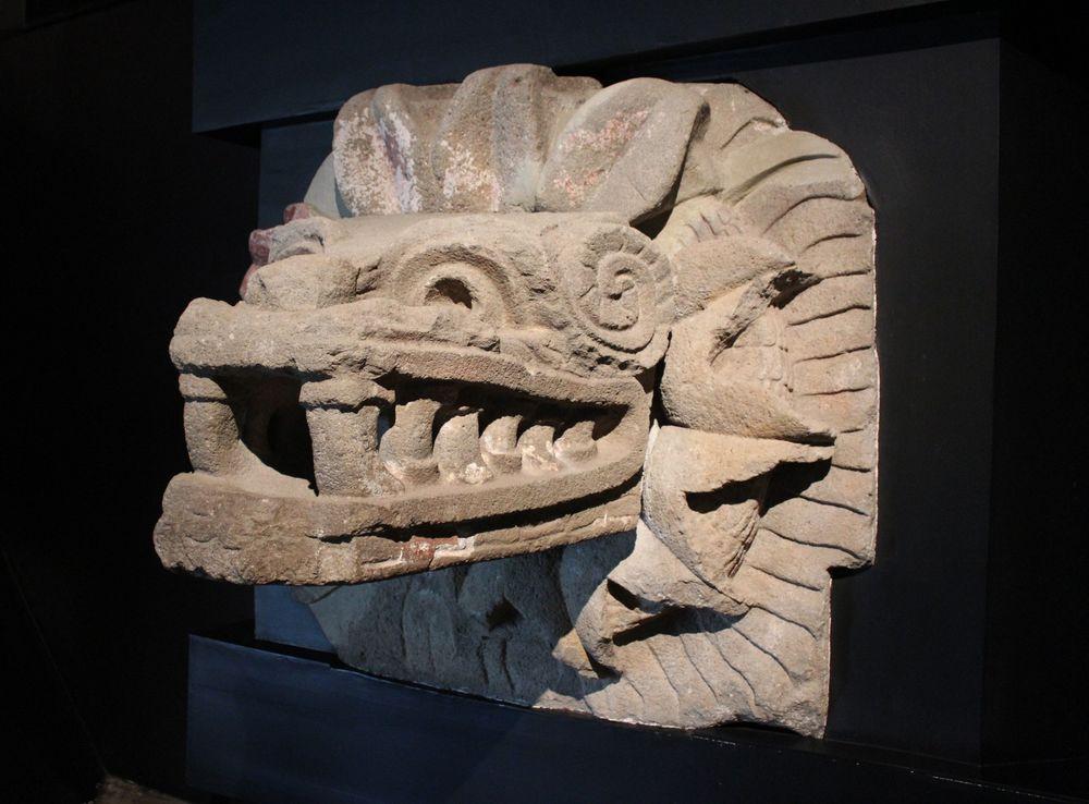 Sculpture de quetzalcoatl de tTeotihuacan, musée d'anthropologie, Mexico City, D.F, Mexique