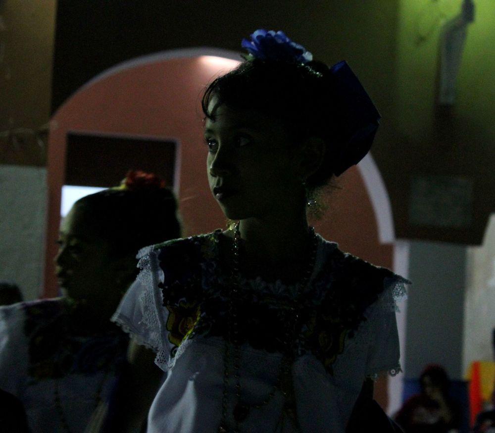 Enfant en tenue traditionnelle, Celestùn, Yucatan, Mexico