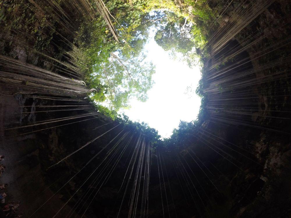 Cenote de Ik Kil, Chichen Itza, Yucatán, Mexico