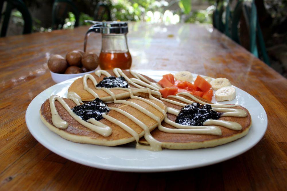 Pancakes, Ferme Valhalla Macadamia, Antigua, Guatemala