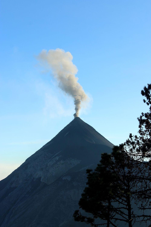 Volcan de Fuego, Antigua, Guatemala