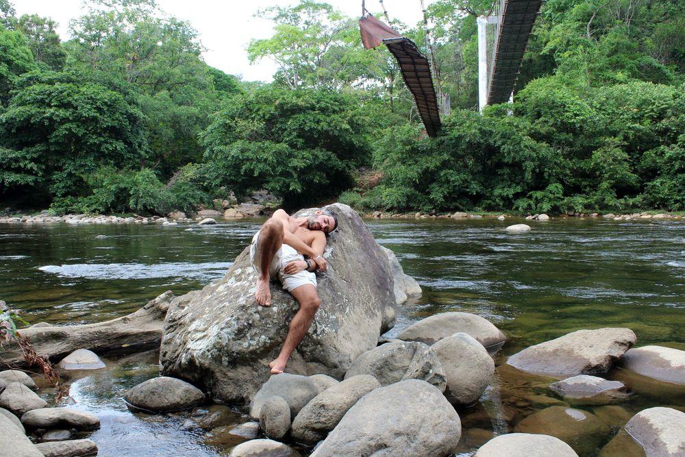 Baignade et sieste dans le rio de Santa Fe, Panama